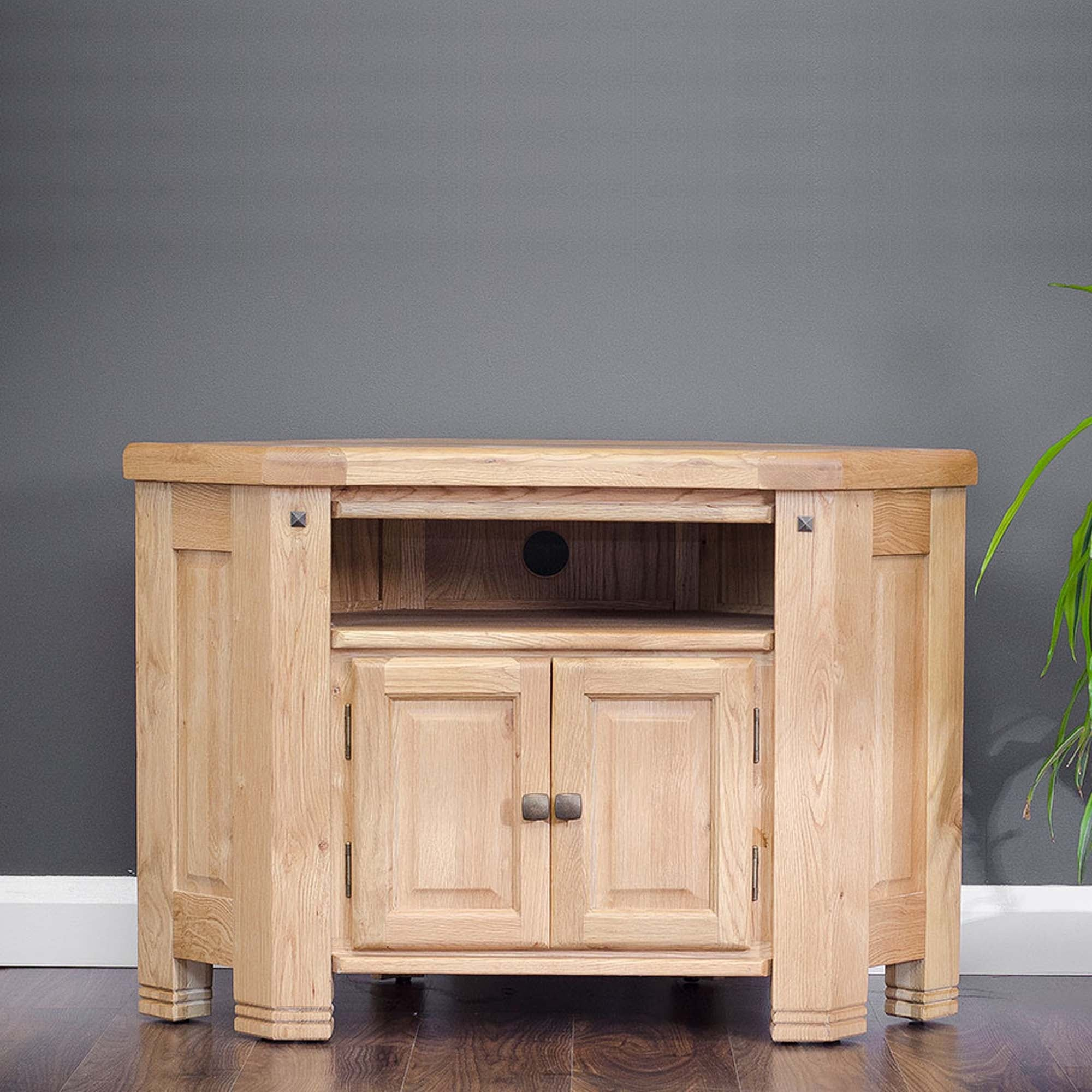 Picture of: Donny Oak Corner Tv Unit Furniture For Sale At Delta House And Home